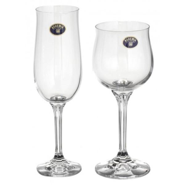 CURVED WINE GLASS